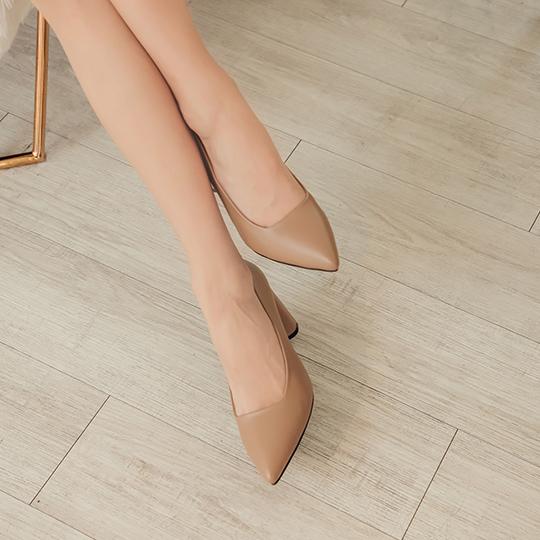 舒芙蕾系列 都會時尚簡約粗跟尖頭鞋300344 - 魅力駝, 35 新品上市|NEW! 早春新品|包鞋/跟鞋|高跟鞋8cm以上|本館必買|舒芙蕾跟鞋系列