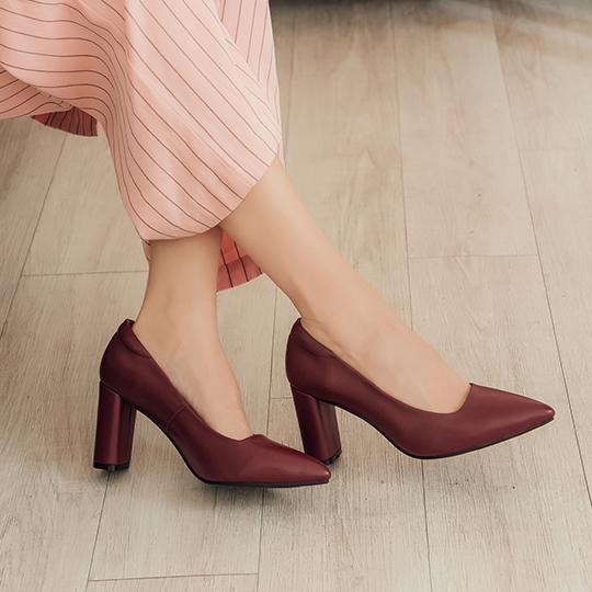 全真皮都會時尚簡約粗跟尖頭鞋300344,尖頭鞋,高跟鞋,素面尖頭鞋,粗跟鞋,歐美風,高跟鞋推薦,女鞋推薦