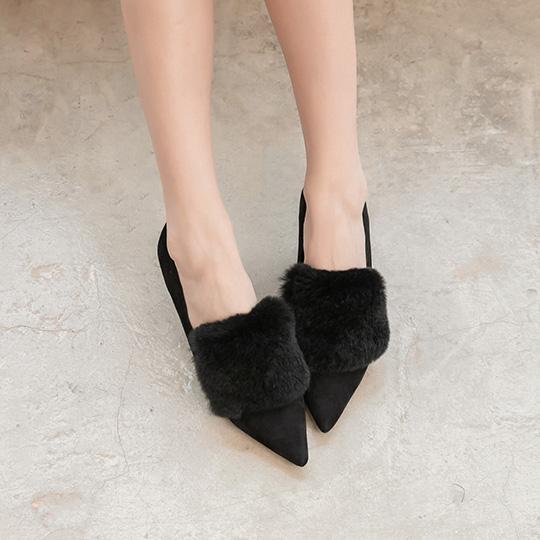 舒芙蕾系列 全真麂皮奢華軟毛優雅中跟鞋 400252 - 經典黑, 35 新品上市|NEW! 夏日新品|包鞋/跟鞋|中跟鞋5.5-8cm|本館必買|舒芙蕾跟鞋系列
