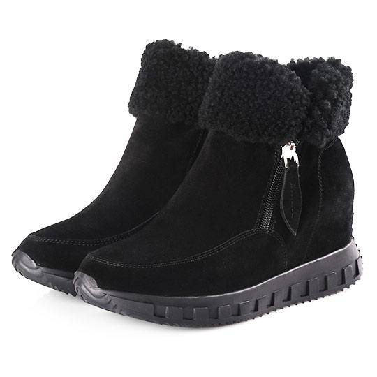 牛麂皮羊毛翻領內增高短靴400156 - 經典黑, 39 熱賣靴款大彙整|ALL 全部商品|現貨專區|快速出貨|現貨短/長靴|靴子|踝/短靴|內增高靴|雪靴